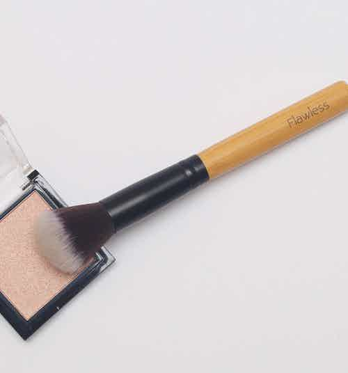 Highlighting Brush from Flawless in Brushes & Tools, Makeup & Cosmetics